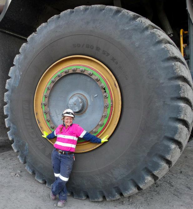 Mad Mumzie - Australian Mining's Podcast Queen - Shutdowns Australia